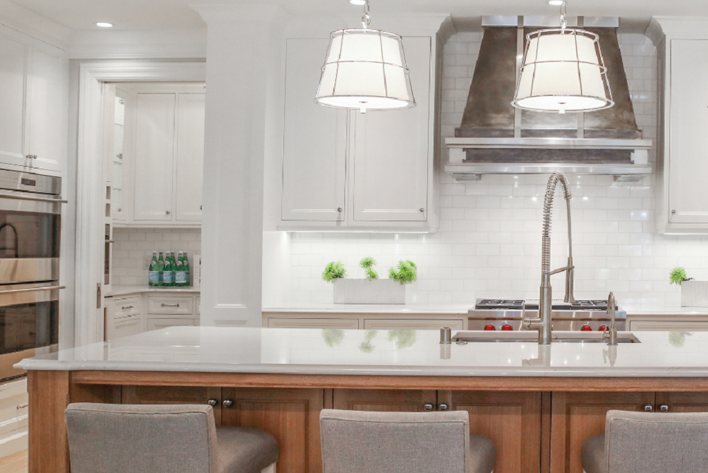 Pendant Lighting Over Island in Kitchen