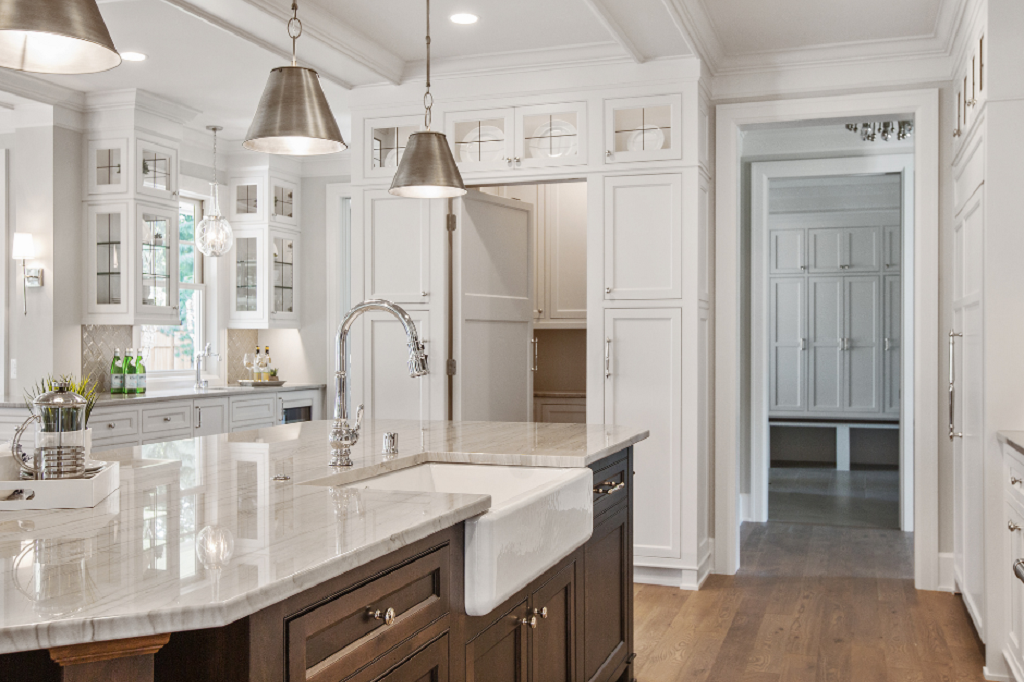Modern Kitchen in Oakville