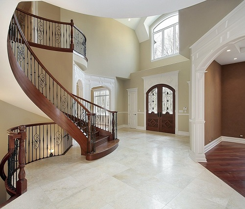 Winding Staircase & Front Foyer